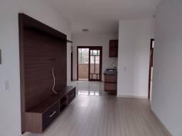 Alugo apartamento com 2 quartos em Gravataí