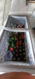 Freezer mais balcões.