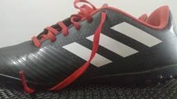 Tênis adidas society