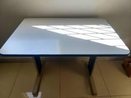 Mesa Escrivaninha para PC ou estudo