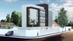 Apartamento Térreo com área externa em Mangabeira