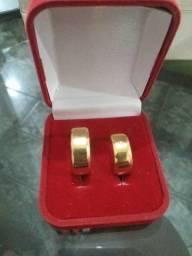 Título do anúncio: Par de Alianças banha a ouro 12 mm