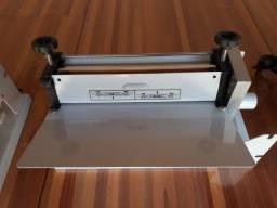 Seladora Embaladora para Bobinas em Película de PVC Manual 50cm STN Online
