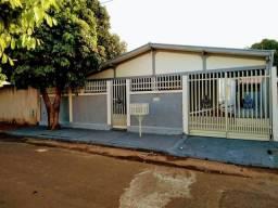 Título do anúncio: Vendo casa na Vila Esperança
