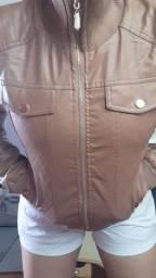 Jaqueta couro feike veste até o G