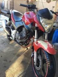 Vendo ou troco CB300 2012 toptop