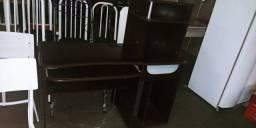 Escrivaninha de rodinha (Limeira) usado