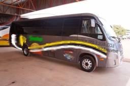 Micro onibus Volare com banheiro, bancos en couro ar condicionado - kit entretenimento ? - 2016