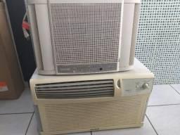 Ar condicionados 10000 Btus E 12000 Btus Janela c/controle remoto
