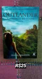 """Livro """"Outlander"""""""