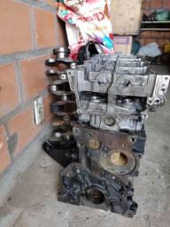 Vendo peças do motor Nissan 2.5 com 174cv
