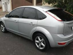 Carro: Ford Focus - 2010