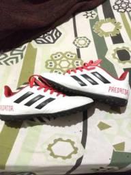 Chuteira original Adidas 39