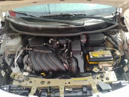Nissan Versa 1.6 SL Cambio CVT 2017