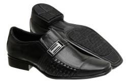 Promoção!!! Kit com 3 Sapatos Sociais em Couro