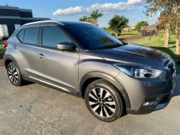 Nissan kicks SL 2017 - Top