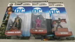 NOVO!! Bonecos Batman, Coringa e Batman do Futuro - Nano Metalfigs