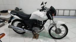 Título do anúncio: Moto Honda Titan 150 sucata (recuperável)
