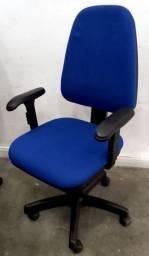Cadeira escritório giratória Diretor Usada