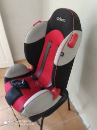 Título do anúncio: Cadeira de criança de 9 a 18 kilos pra automoveis
