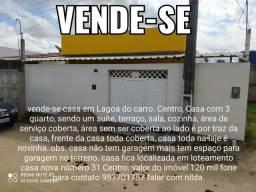 Vende se uma casa em Lagoa do carro Centro
