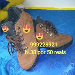 * sapato masculino número 38 usado apenas uma vez por apenas 50 reais