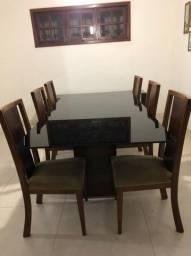 Conjunto mesa e cadeiras + aparador