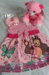 Lindo vestido infantis de bebê