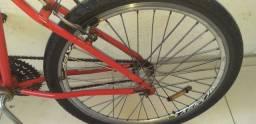 Bicicleta aro 26 com rolamento nas rodas passa o cartão