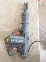 Motor Da Trava Do Porta Malas ASTRA GM 93 256 862 CKZ>PA6<