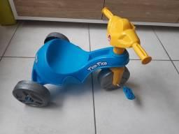 Triciclo Infantil novo