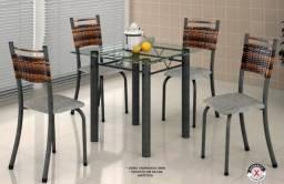 Título do anúncio: Mesa Milenium C/ 4 cadeiras -Tampão Vidro 75x75 (Frete Grátis)