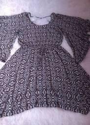 Título do anúncio: 2 vestidos semi novos por um preço só