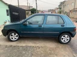 Carro Clio 99
