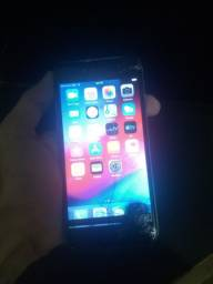 Vendo iphone 6 16gb carregador e fone original