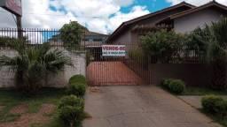 Vendo Casa em Alvenaria na cidade de Pitanga/Pr