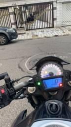 Moto Kawasaki  er6n