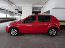 Título do anúncio: Renault Sandero - Perfeito estado R$ 20.900,00