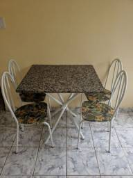 Mesa 4 cadeiras com pedra de mármore