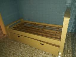 Vendo cama de casal, bicama , escrivania