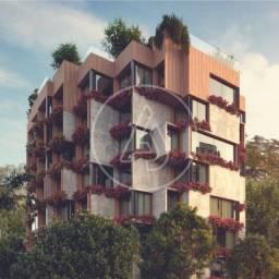 CO-HAUT - Flat de Luxo - O melhor de casa forte - Arquitetura excelente.