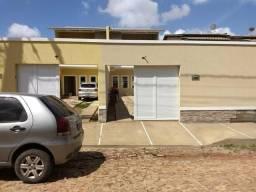 Casas duplex no Eusébio, 3 quartos 4 vagas fino acabamento
