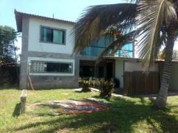 Excelente casa na praia, em Barra de são João