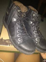 Vendo bota (pegada trekking boots)