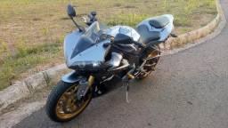 Yamaha R1 - 2005