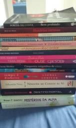 Livros semi novos de 5 à 10 reais
