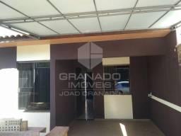 CA0069 - Aluga-se casa com 2 quartos em Mandaguaçu