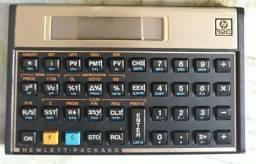 Calculadora científica HP.