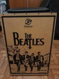 Cajon Elétrico The Beatles (Jaguar Percussion) + Bag