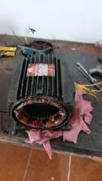 Rebobinagem e manutençao em motores eletricos